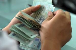 Phạt nặng các hành vi vi phạm quy định về thử việc, trốn đóng BHXH, trả lương không đúng quy định